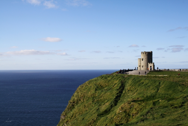 3 Unique Places to Visit on Your Tour of Ireland