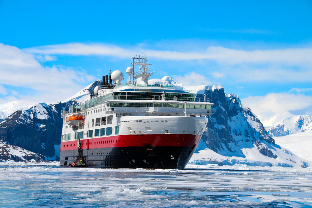 Find the Right Outfitter and Cruise Company